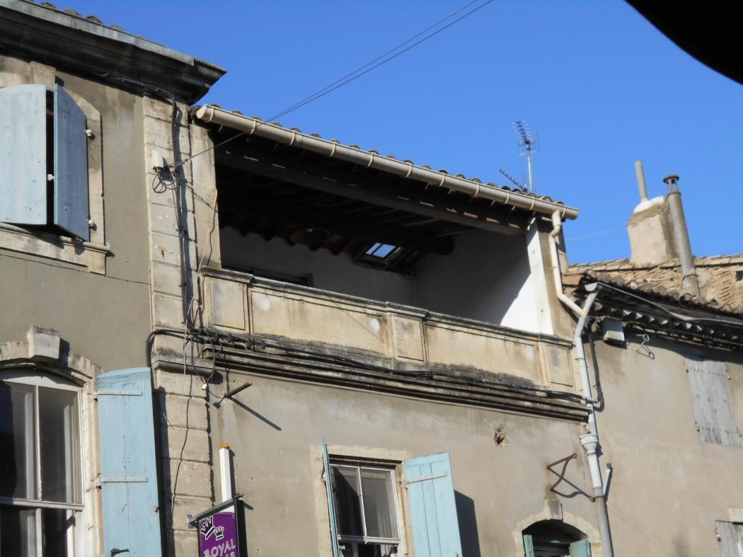 Vente Appartement 3 pièces SAINT GILLES 30800