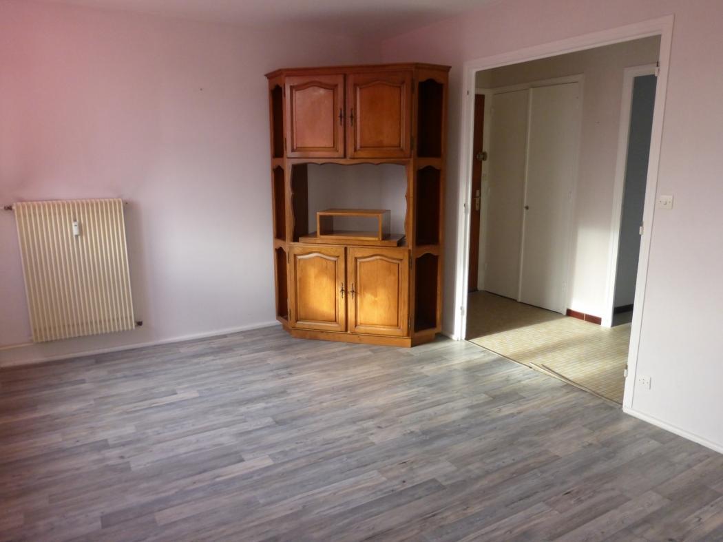 Vente Appartement 3 pièces VILLEFRANCHE SUR SAONE 69400