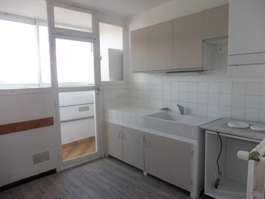 Vente Appartement 4 pièces BAGNOLS SUR CEZE 30200
