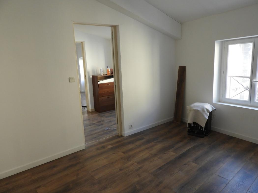 Location Maison 8 pièces BOURG SAINT ANDEOL 07700