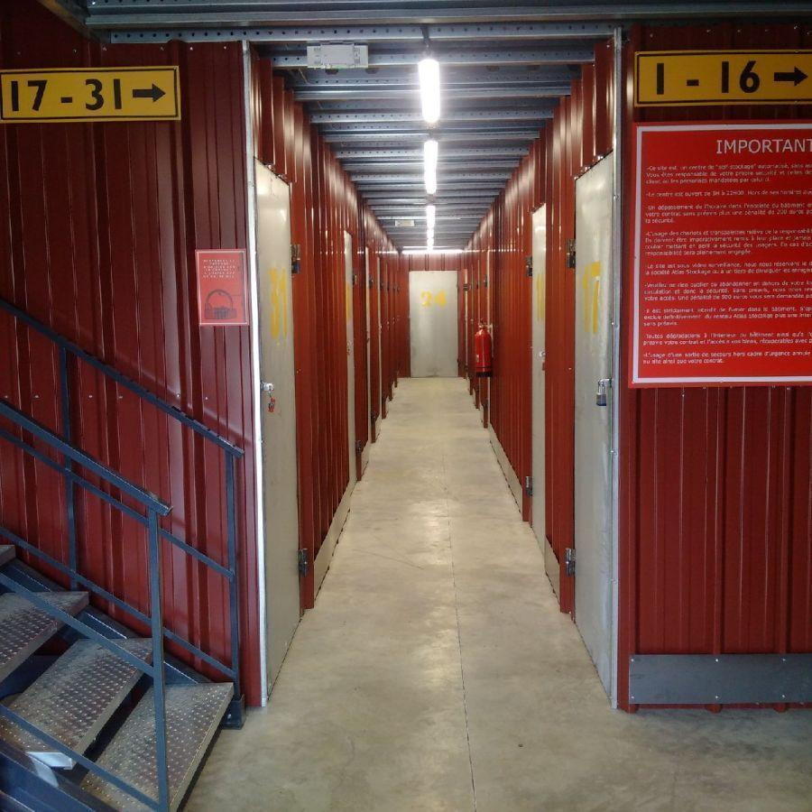 Location Parking 1 pièces PERTUIS 84120
