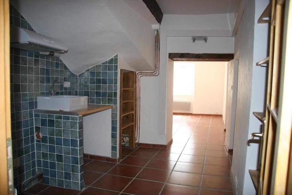 Location Appartement 1 pièces BEAUMONT DE PERTUIS 84120