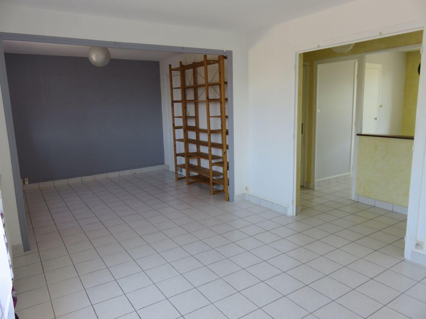 Location Appartement 4 pièces BOURG LES VALENCE 26500