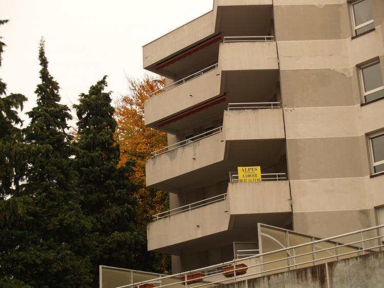 Location Parking 1 pièces VOIRON 38500