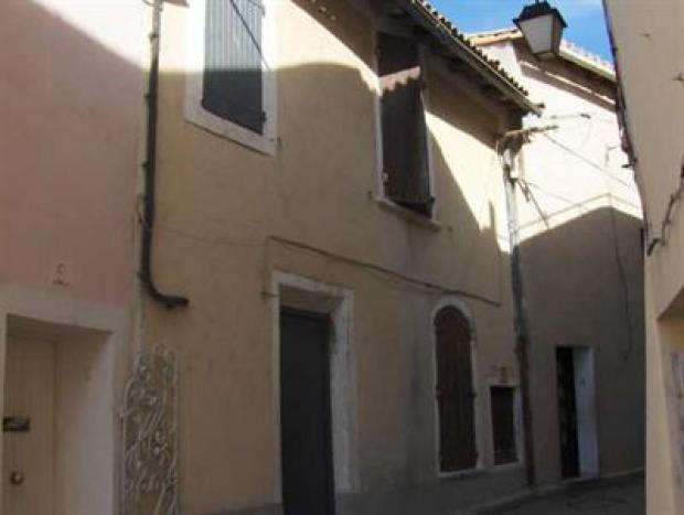 Vente Appartement 1 pièces SAINT GILLES 30800