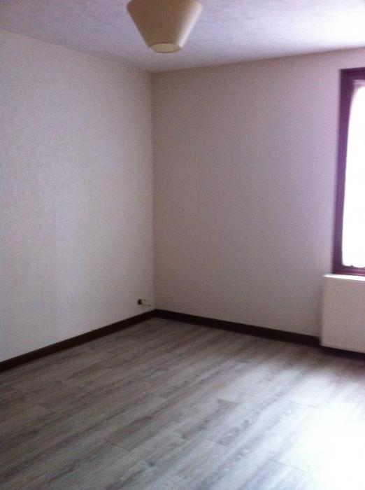 Location Maison 3 pièces CHATELDON 63290