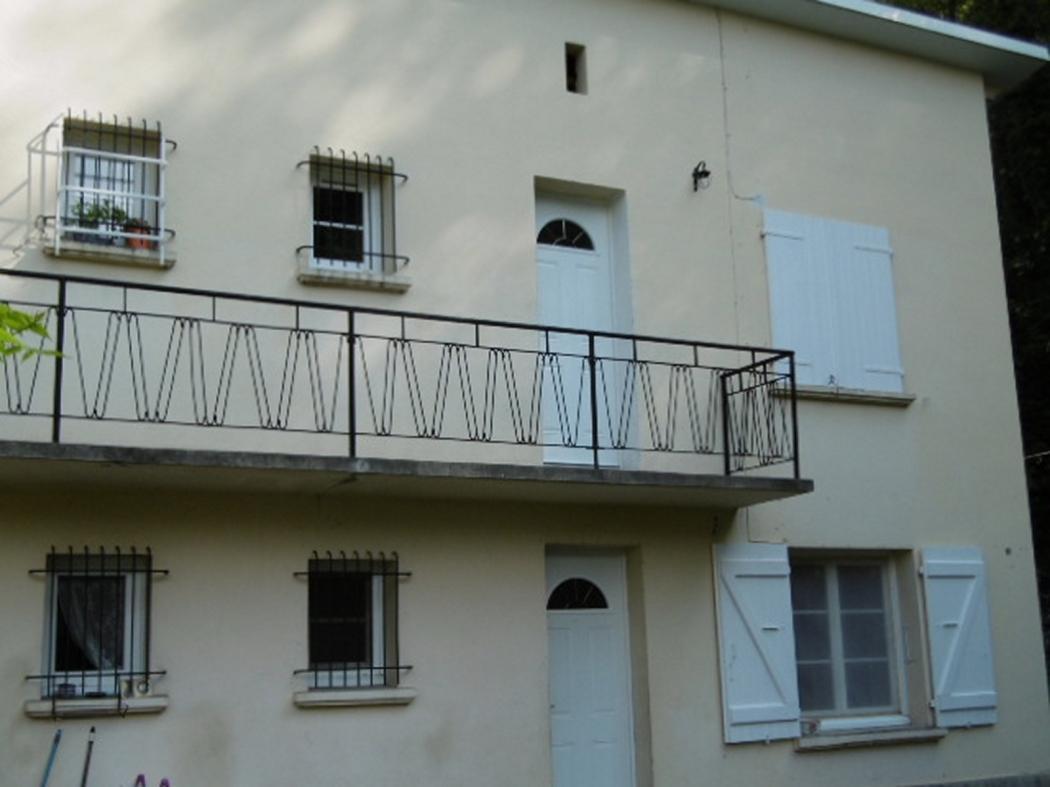 Location Appartement 2 pièces TARASCON SUR ARIEGE 09400