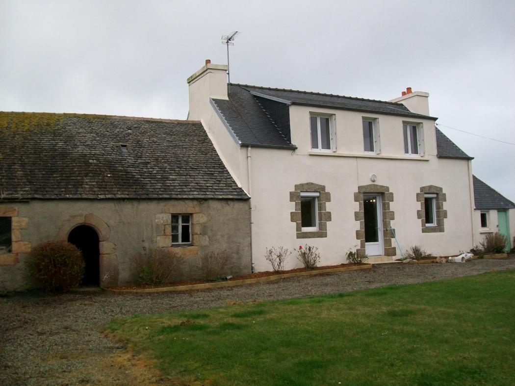 Location Maison 2 pièces SAINT JEAN DU DOIGT 29630