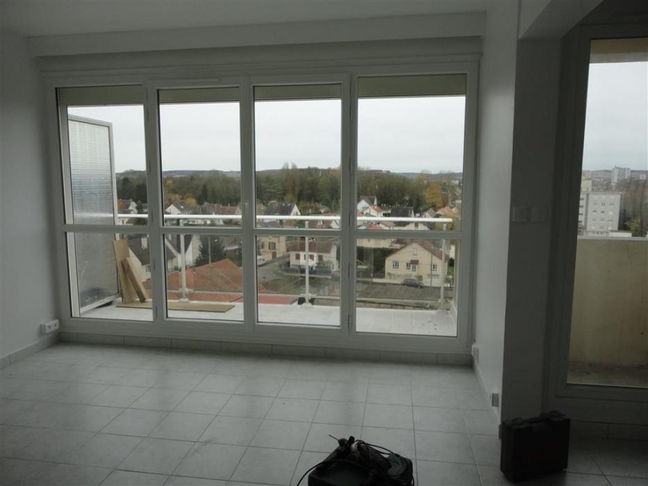 Location Appartement 1 pièces SENS 89100