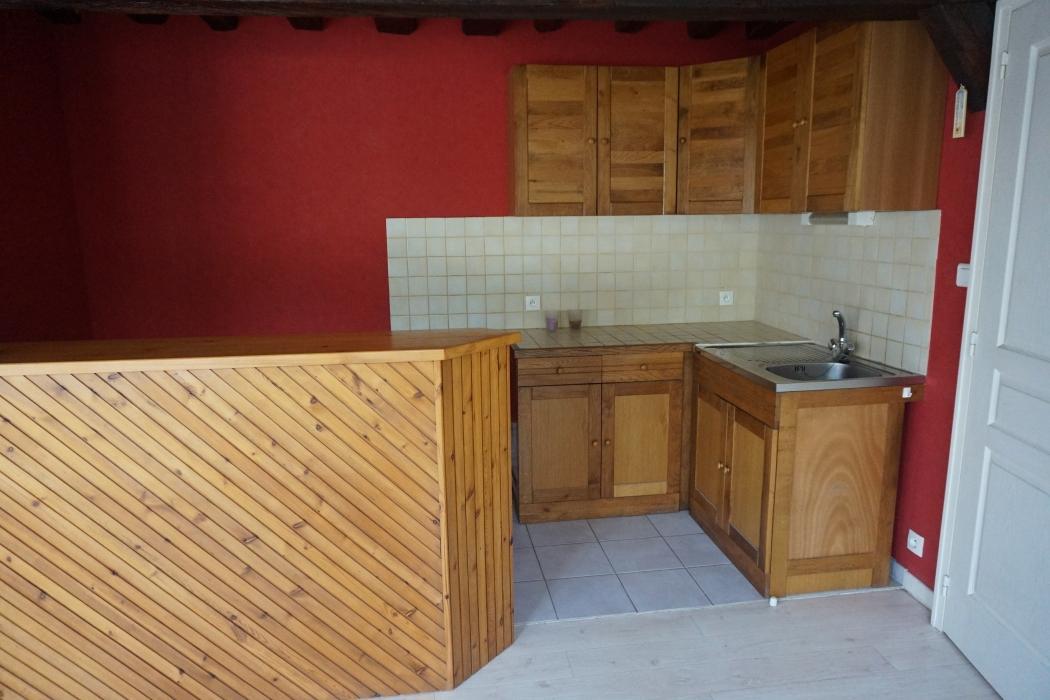 Location Appartement 2 pièces SAINT JULIEN DU SAULT 89330