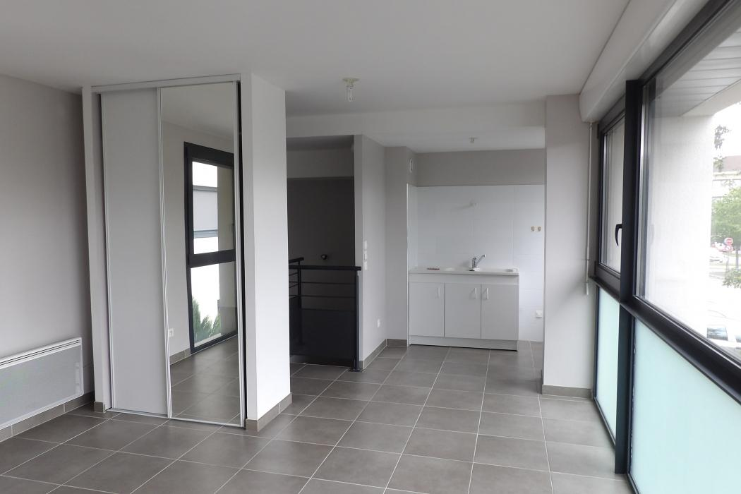 Location Appartement 1 pièces TROYES 10000