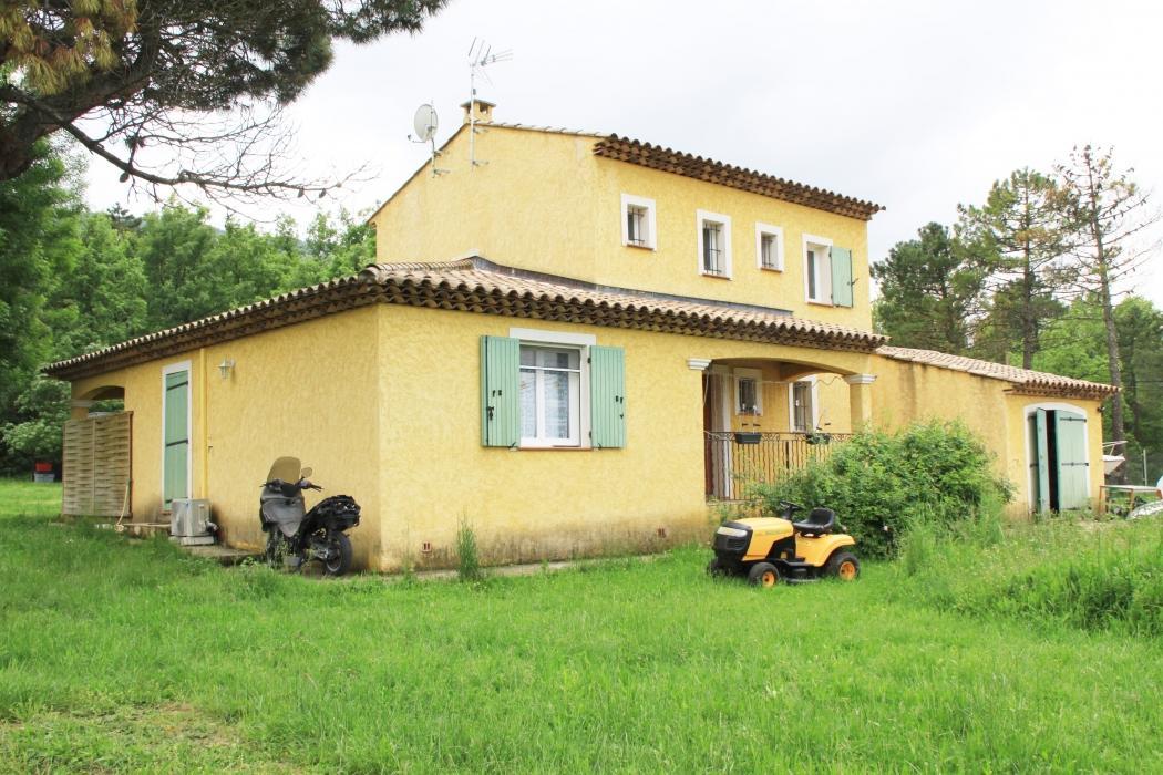 Vente Maison 4 pièces MAZAUGUES 83136