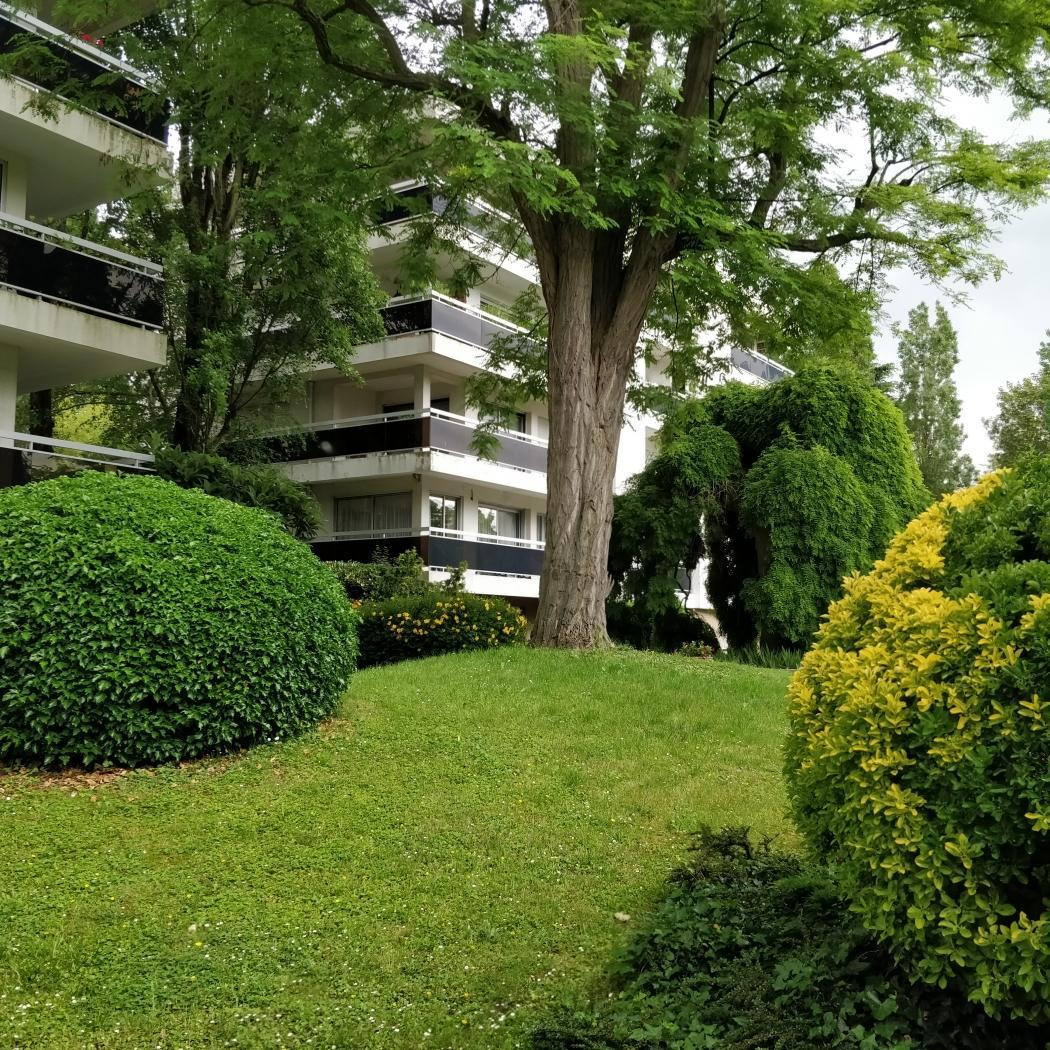 Vente Appartement 4 pièces LE RAINCY 93340
