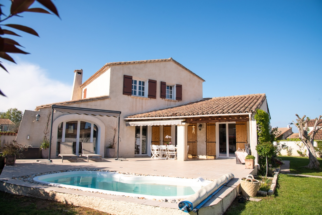 Vente villa f6 avec piscine mauguio calme n ac82482 for Piscine mauguio