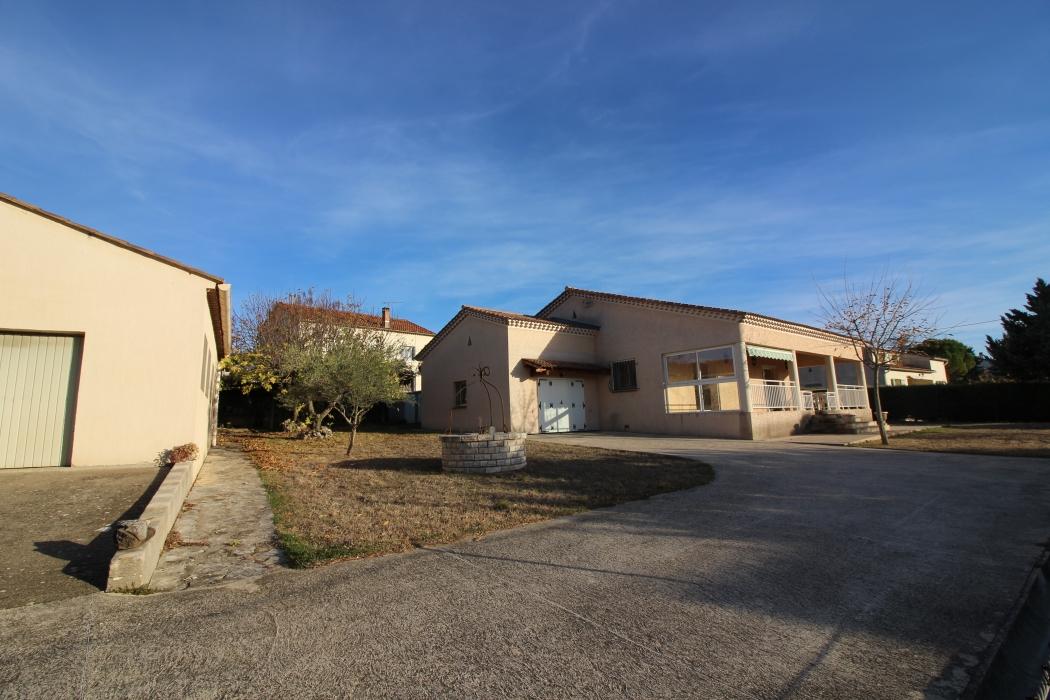 Vente maison barjac 5 mn pied du centre n bj77065 for Maison barjac