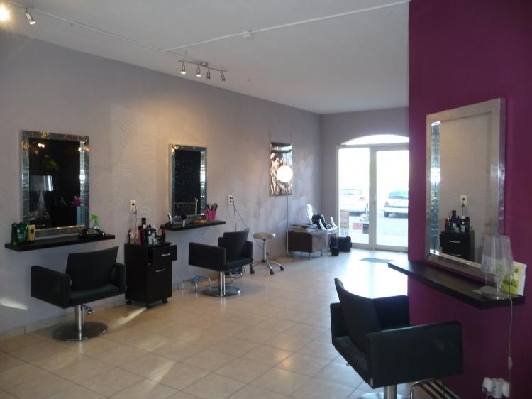 Vente local salon de coiffure calvi centre ville n cv64593 for Local a louer pour salon de coiffure