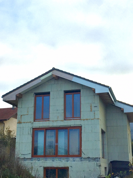 Vente maison en cours de construction neuvecelle vue lac for Vente maison en construction