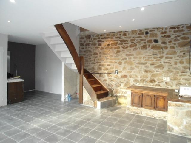 vente maison servieres le chateau n dm77552 immobilier servieres le chateau correze. Black Bedroom Furniture Sets. Home Design Ideas
