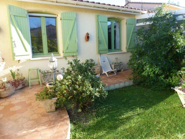66 saint hippolyte archive maison plain pied terrasse for Jardin 66