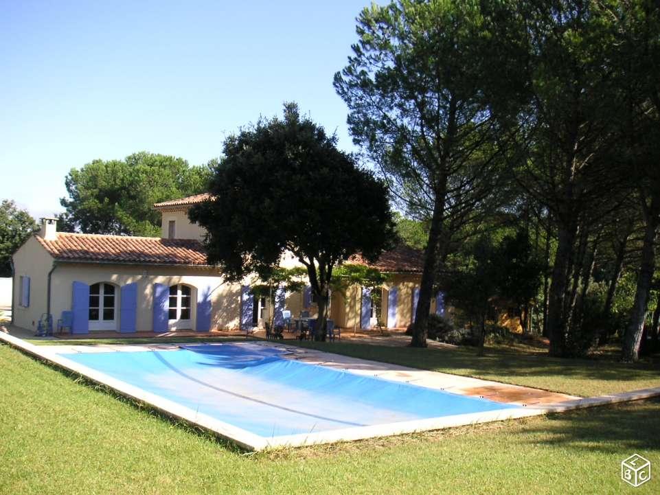 30 bagnols sur ceze archive villa piscine et terrain n for Piscine jardin impot