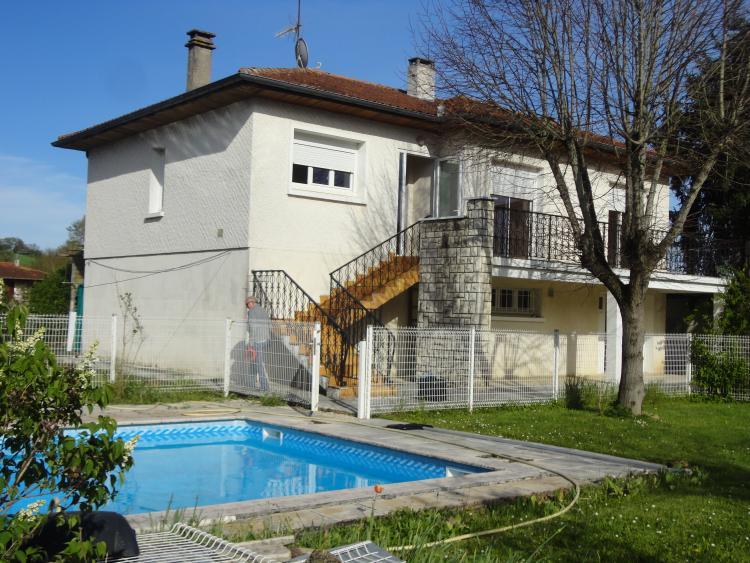 Gers auch archive maison avec piscine n 70102 immo for Piscine dans le gers