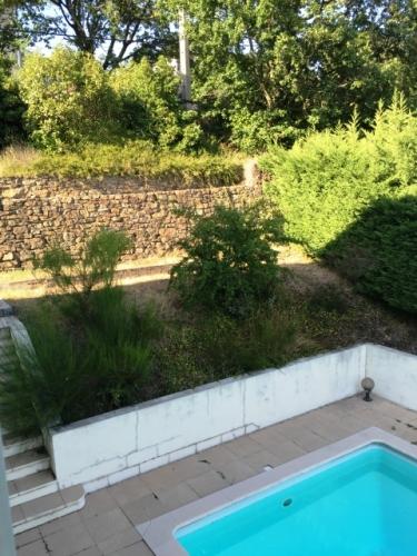 vente villa piscine givors hauteurs pavillonnaire n. Black Bedroom Furniture Sets. Home Design Ideas