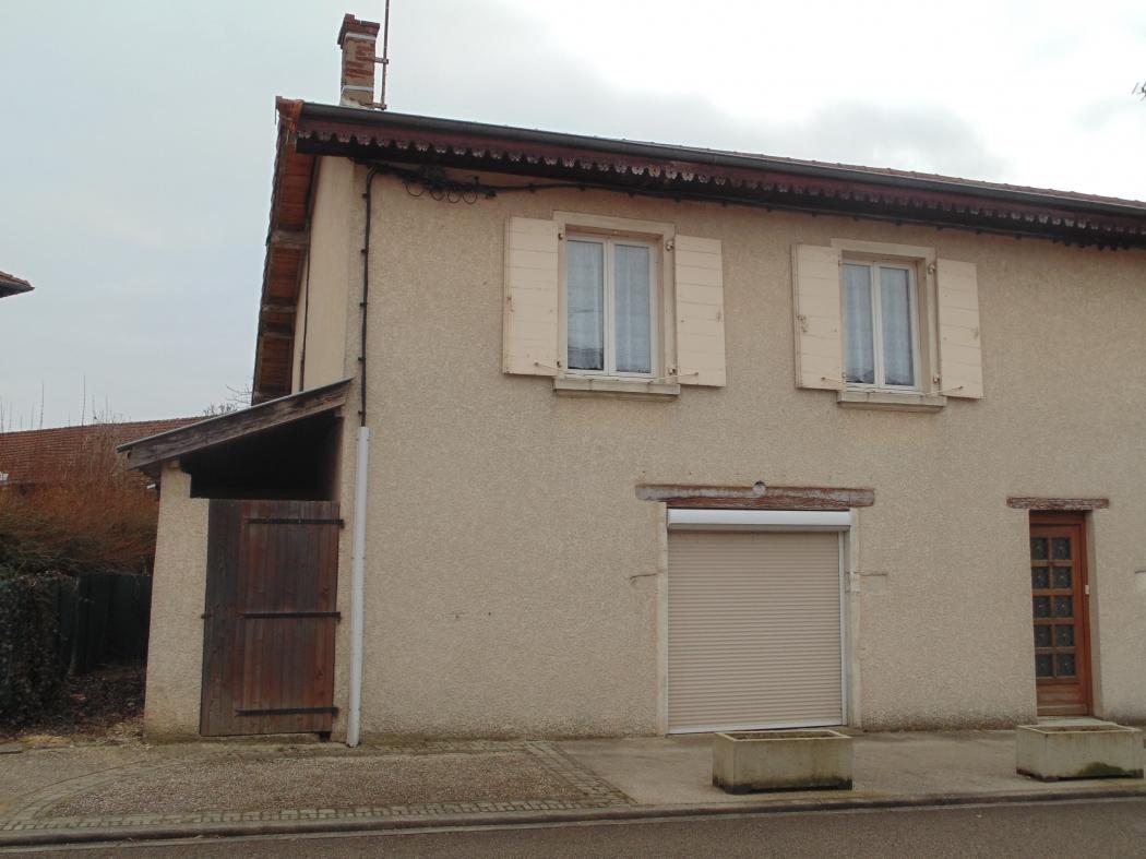 Ain saint paul de varax archive maison de village avec garage et cour n 78720 immo diffusion ain for Rangements garage saint paul