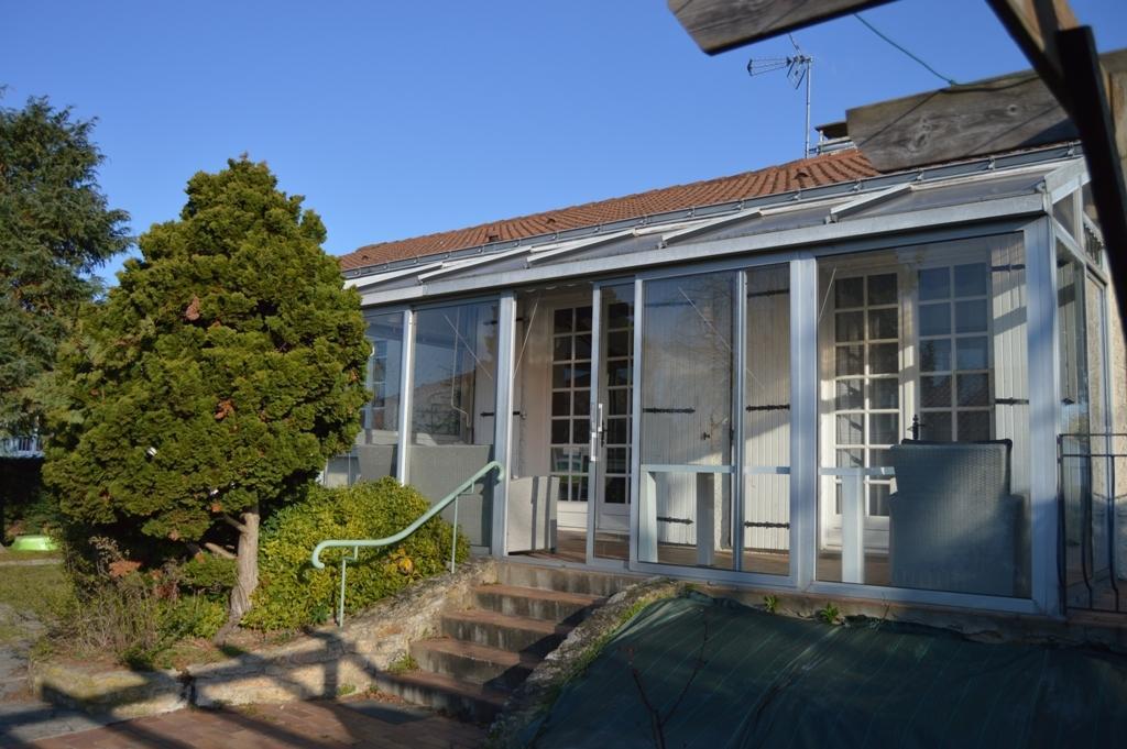 vente maison maison 4 ch en plain pied cholet n ho79167 immobilier cholet 49. Black Bedroom Furniture Sets. Home Design Ideas