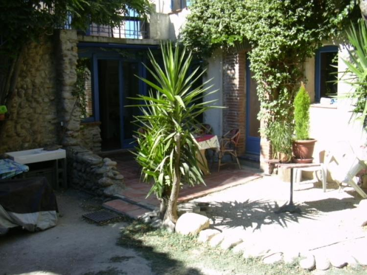 Vente maison avec grand patio int rieur st feliu d 39 amont n ip65879 immo - Maison patio interieur ...