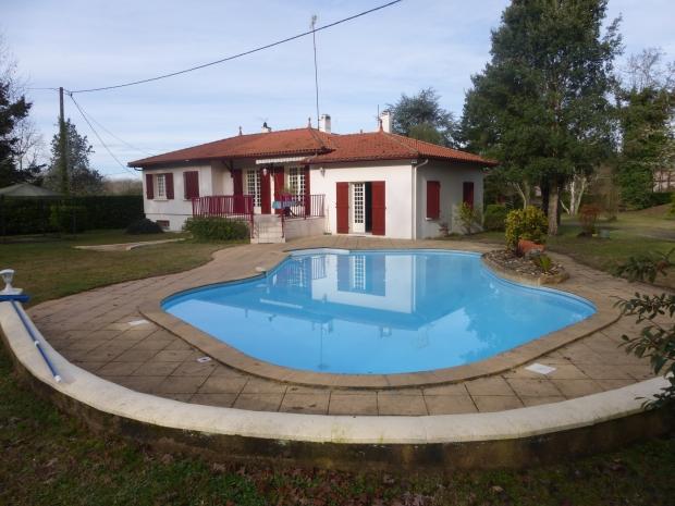 Lot et garonne casteljaloux archive maison n 66868 for Casteljaloux piscine