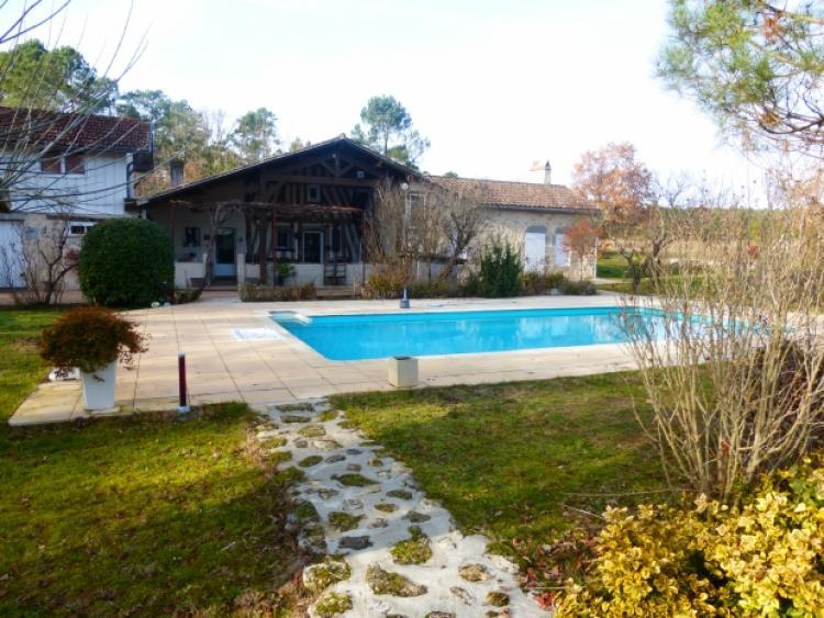 Vente maison casteljaloux n jc66873 immobilier for Casteljaloux piscine