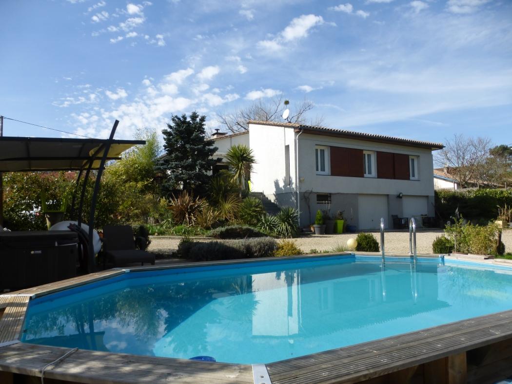 47 casteljaloux archive maison n 79863 immo diffusion 47 for Casteljaloux piscine