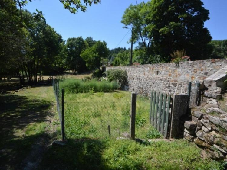 Vente maison avec terrasse et jardin na cambon et for Terrasse jardin immobilier
