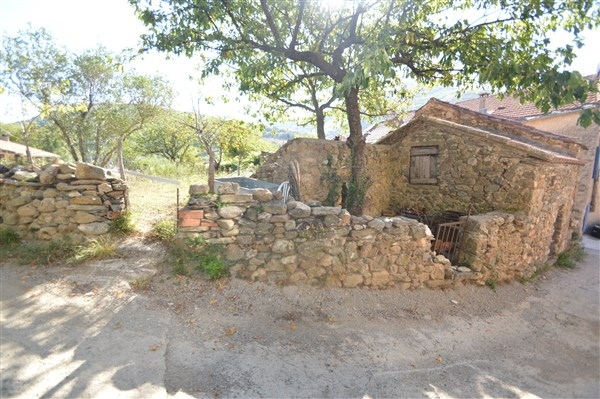 Vente maison r nover olargues avec garage n kp75204 for Renover son garage