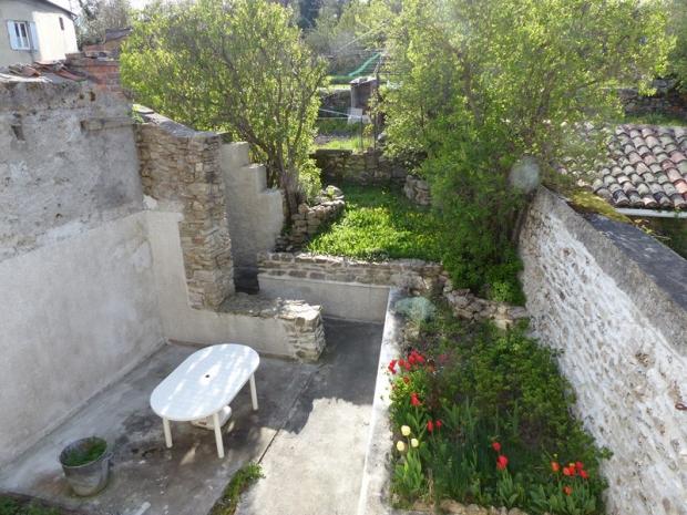 48 langogne archive maison de ville jardin non attenant for Jardin non attenant