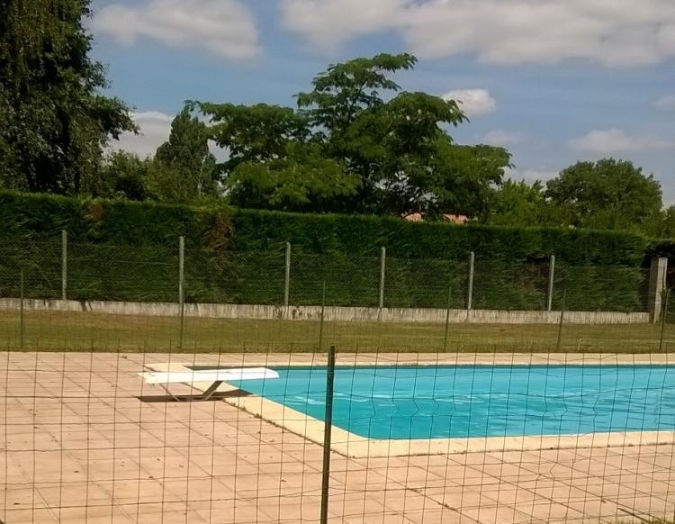 Gironde saint loubes archive terrain piscine n 73390 for Piscine lormont