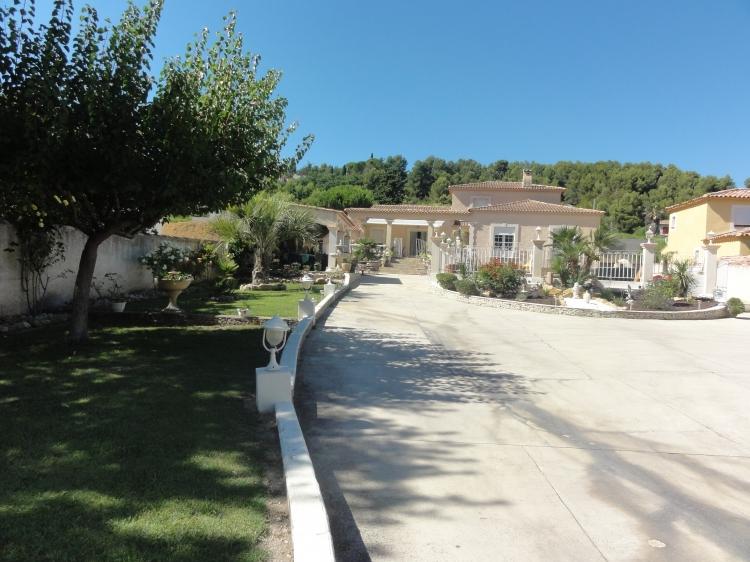 Vente maison d 39 exception marignane lacanau n nh71429 for Garage htm marignane