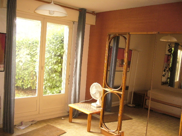 vente studio rdj nimes henri revoil n np77258 immobilier nimes gard. Black Bedroom Furniture Sets. Home Design Ideas