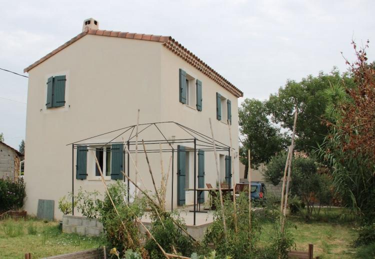Vente maison sorgues n og75650 immobilier sorgues vaucluse for Maison sorgues
