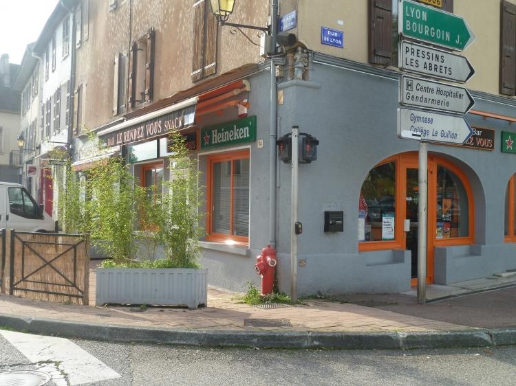 vente commerce bar snack le pont de beauvoisin n pb76717 immobilier le pont de beauvoisin 38. Black Bedroom Furniture Sets. Home Design Ideas