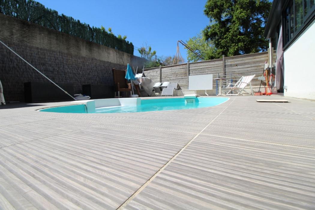 Vente maison jardin piscine centre pezenas pezenas centre n pz76359 immobilier pezenas 34 - Pezenas piscine ...