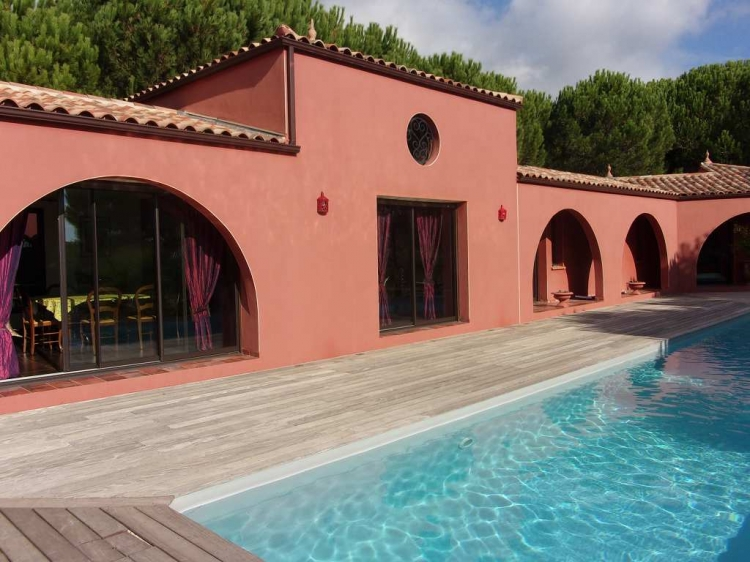 Herault beziers archive villa t7 piscine pinede n for Pole house piscine
