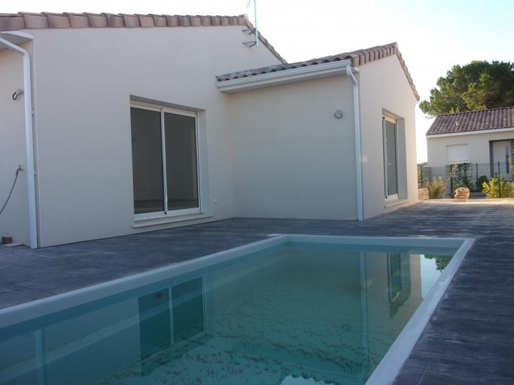 Vente villa plain pied piscine beziers n rh75404 for Piscine beziers