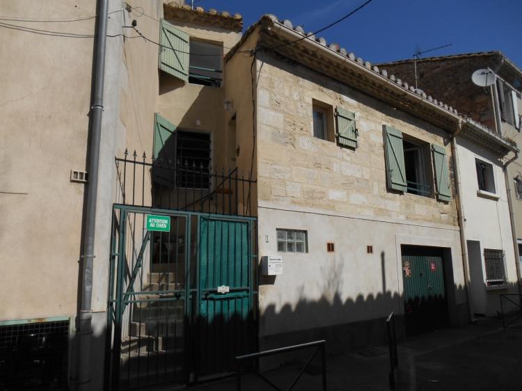 Gard saint gilles archive maison de ville n 71592 immo for Garage st gilles