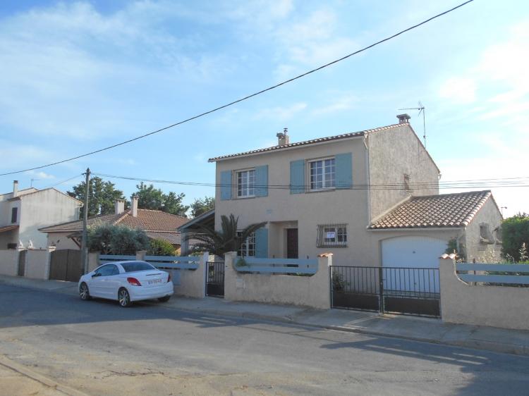 Gard saint gilles archive villa n 72336 immo diffusion for Garage st gilles