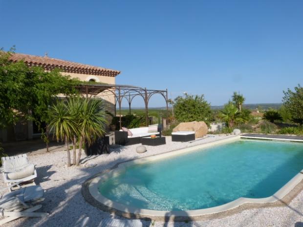 Herault adissan archive villa quartier calme n 53890 for Piscine jardin impot