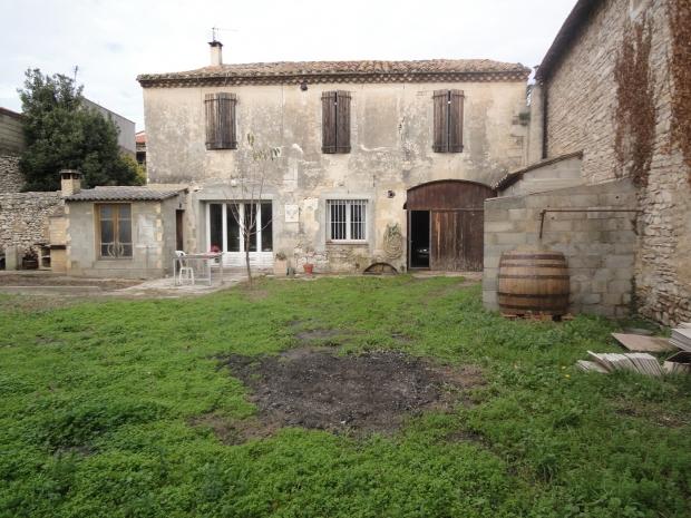 30 uzes archive maison de village n 57195 immo diffusion 30 for Construction maison uzes