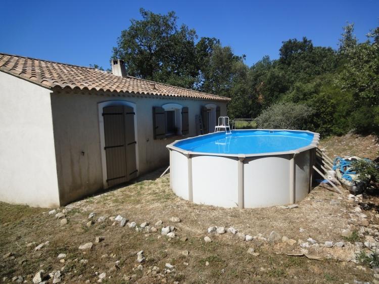Vente maison uzes campagne village n uz72878 immobilier for Piscine hors sol zone non constructible