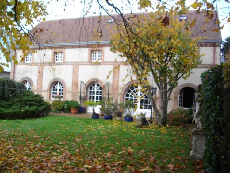 Vente maison vendome n vw66297 immobilier vendome 41 for Immobilier maison atypique