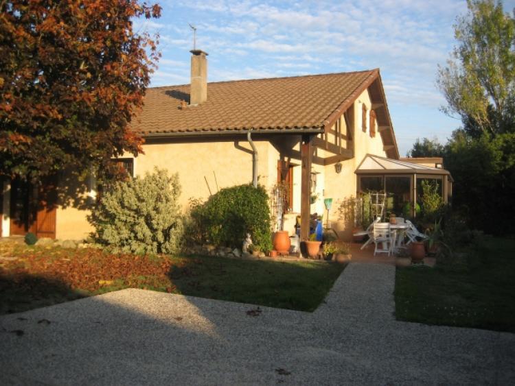 Gironde carignan de bordeaux archive maison style for Maison de l enfance bordeaux
